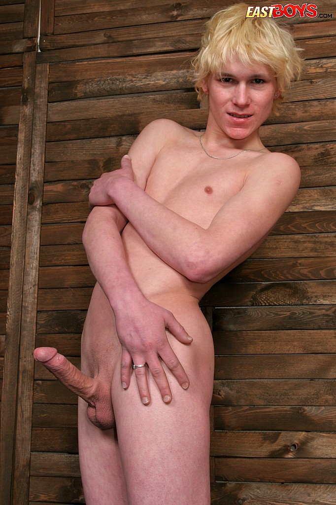 from Josue gay young blonds