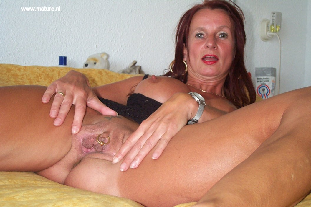 hot chick riding a cock